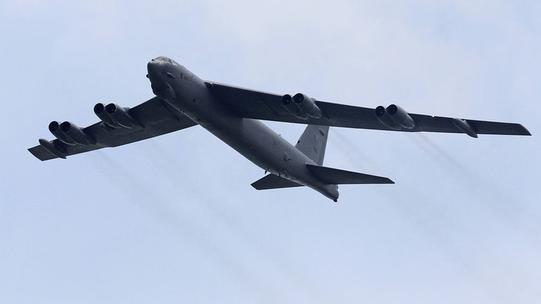 US strategic bombers fly close to Chinese islands, ignore 'get away' orders