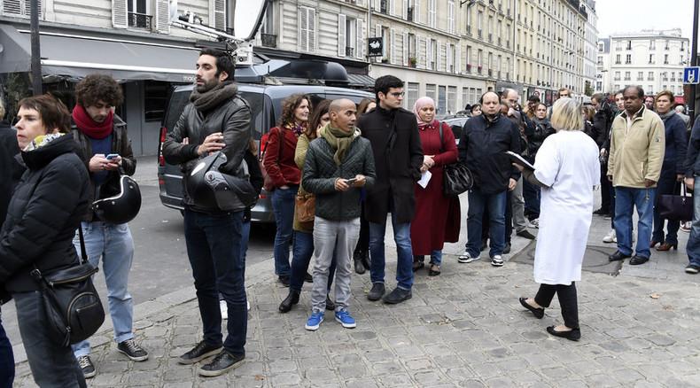 Parisians donating blood en mass in terror attacks aftermath