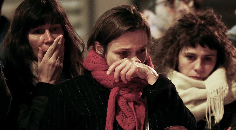 #rechercheParis: Desperate friends & relatives turn to Twitter to find loved ones