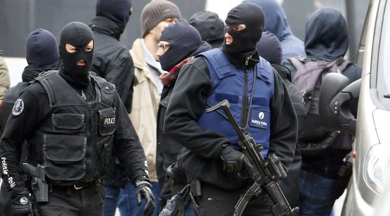 Belgian police fail to detain Paris attack 'organizer' in 4-hour raid of Brussels' 'jihadist hotbed'