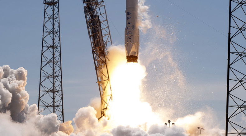 SpaceX poised to win first US military satellite launch as rival backs out