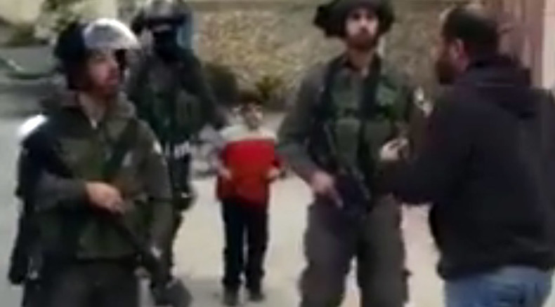 Israeli troops arrest 6yo boy & leading activist at Palestinian refugee camp (VIDEO)
