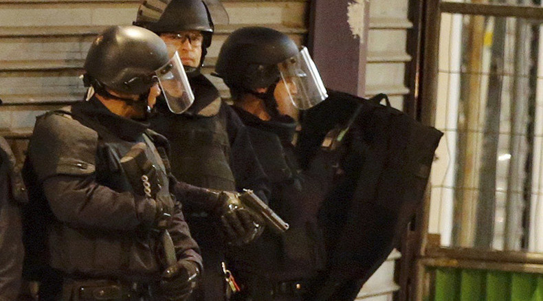 Suspected mastermind of Paris carnage killed in Saint-Denis police raid – report