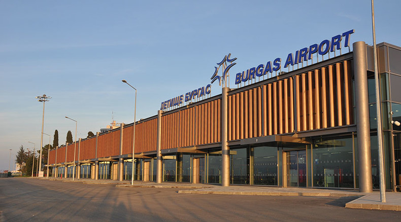 Plane flying from Warsaw to Egypt's Hurghada makes emergency landing in Bulgaria after bomb threat