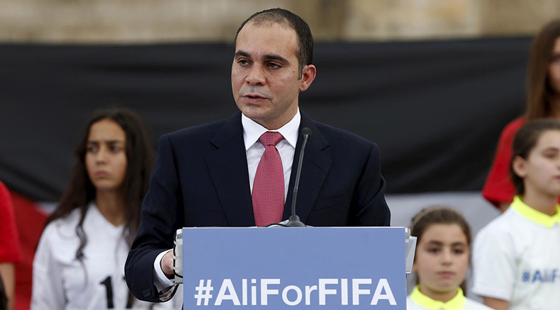 FIFA presidential candidate backs Russia 2018 and Qatar 2022