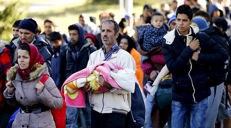 'Mission Impossible: Vetting thousands of refugees on EU borders'