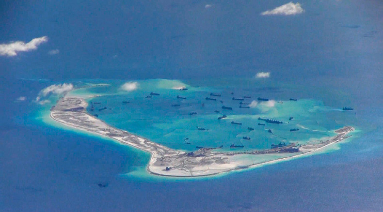 Chinese PM calls for direct talks over disputed S. China Sea islands