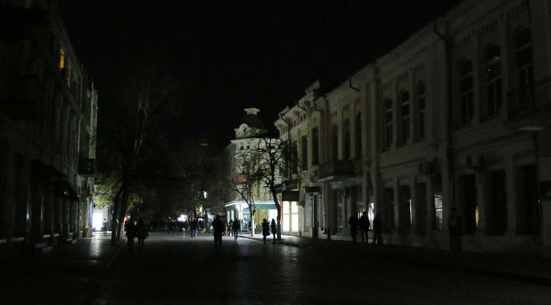 Almost 1.7mn Crimeans on emergency electricity supplies, no power coming from Ukraine (PHOTOS)