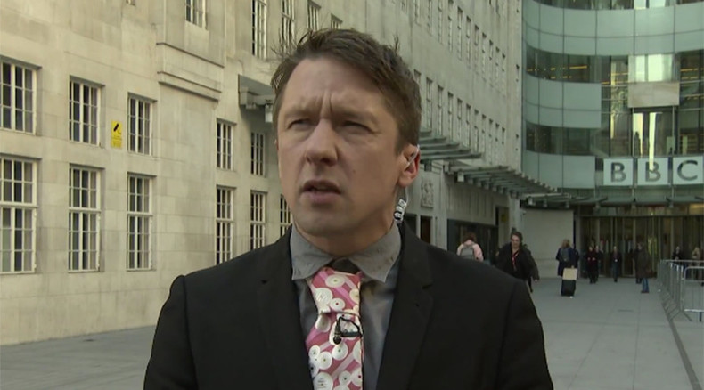 'BBC sh*tting itself over license fee, must fight back' – Jonathon Pie (VIDEO)