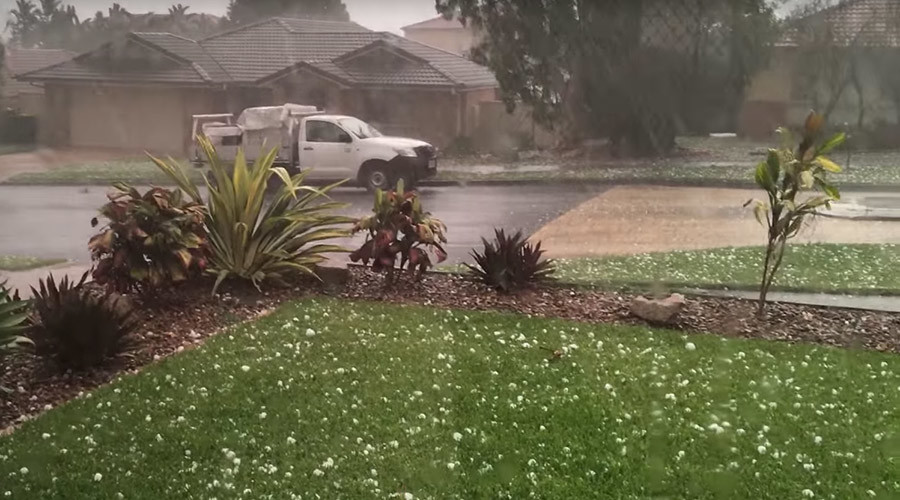 Strong Australian storm serves tennis ball-sized hailstones to Brisbane (IMAGES)