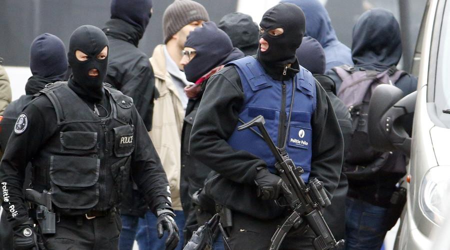 Belgian police fail to detain Paris attack 'organizer' in 4-hour raid of Brussels' 'jihadist hotbed'