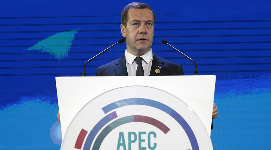 Russian economy stable, attracting investors - Medvedev