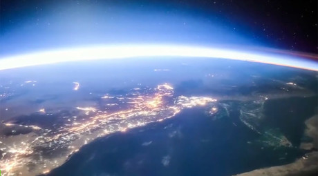 Fantastical spectacles from space: 5 stunning views from 15 years at the ISS (VIDEO)