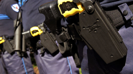 Shackled man tased 20 times in 30 min; police blame cocaine for his death (VIDEO)