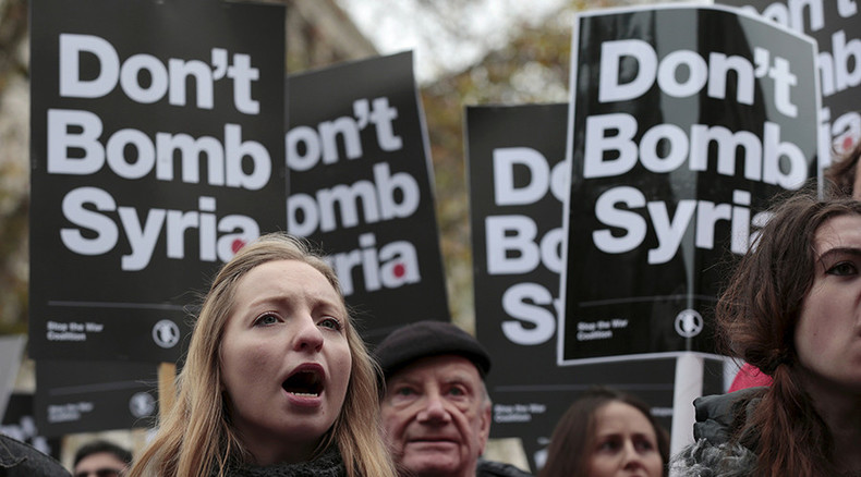 Veterans to join last-ditch protest to stop Britain bombing Syria