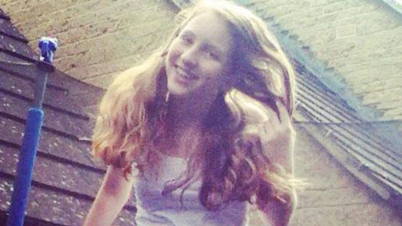 Schoolgirl found hanged after 'allergic reaction to school's WiFi'