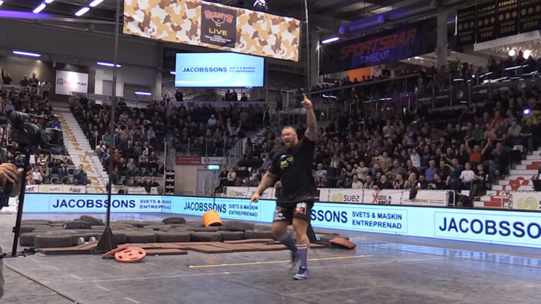 'The Mountain' from Game of Thrones breaks keg toss world record (VIDEO)