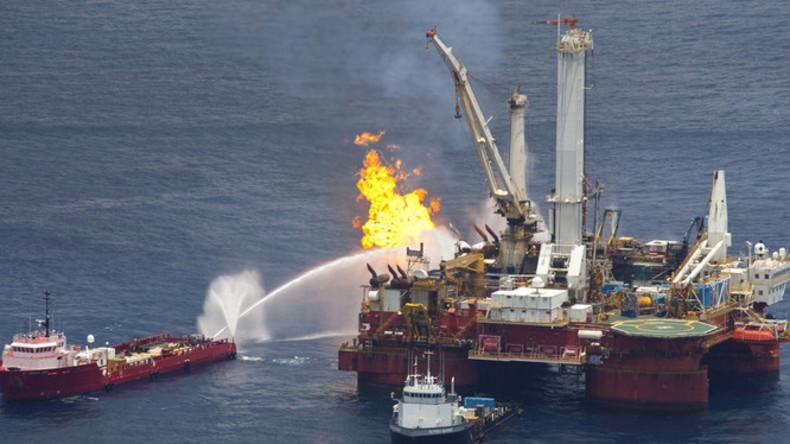 Gulf oil spill: Manslaughter charges dropped against BP Deepwater Horizon supervisors