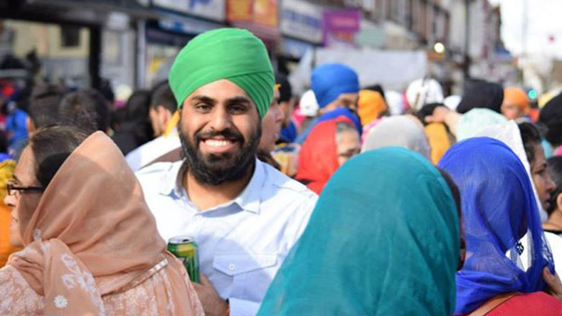 British Sikh punched by bouncer for wearing turban in Poland