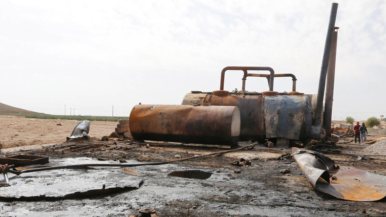 Volume of Islamic State oil sold to Turkey 'insignificant' – US official