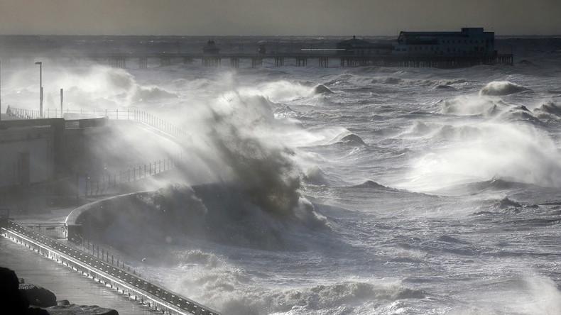 Red warning: Storm Desmond to cause more damage as it rampages through UK