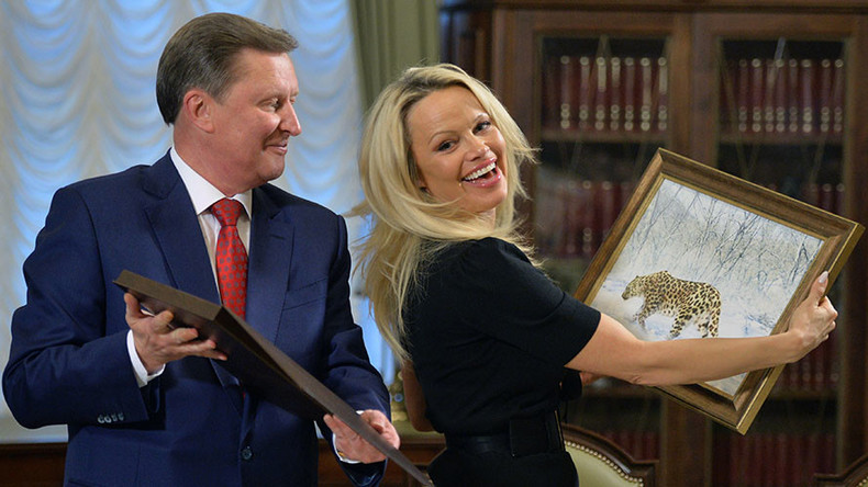 Pamela Anderson pushing for animal rights in Kremlin