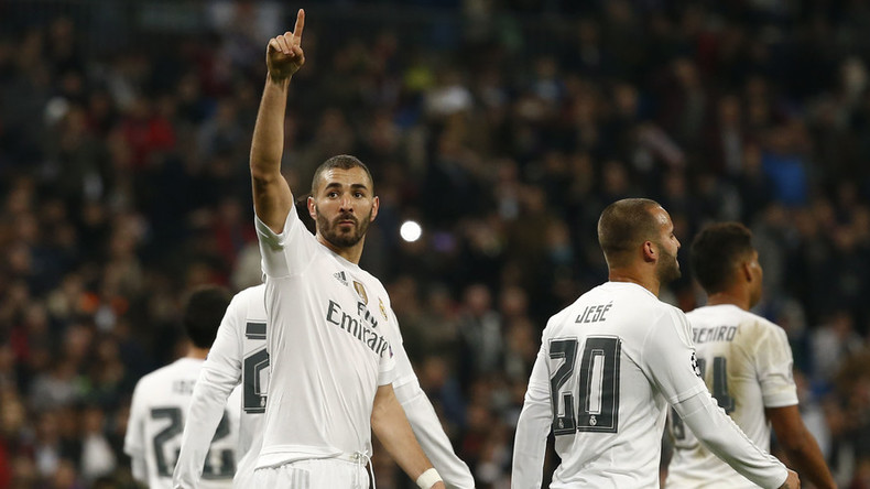 Champions League round-up: Real Madrid score 8, Manchester United crash out