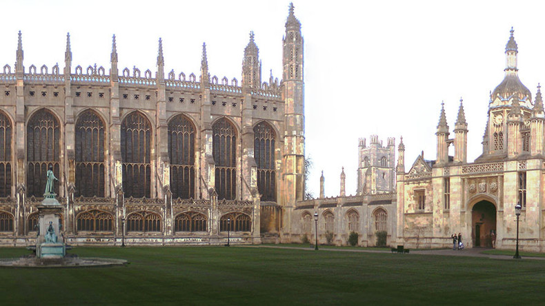 'Secret' Cambridge University drinking society that 'glorifies rape' under investigation