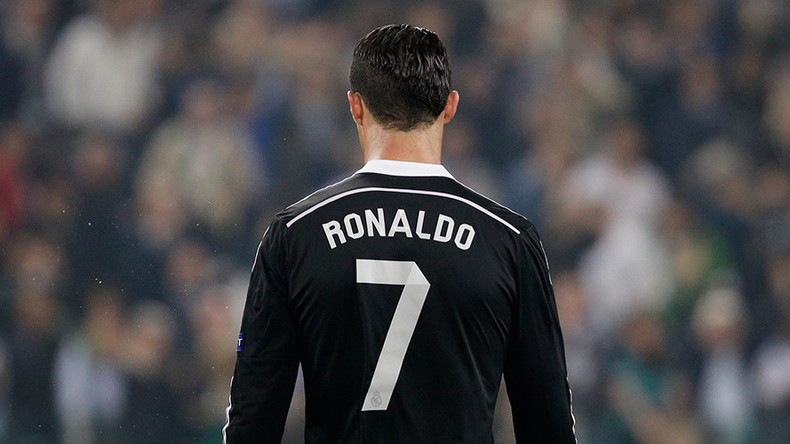 Cristiano Ronaldo open to Barcelona or MLS move