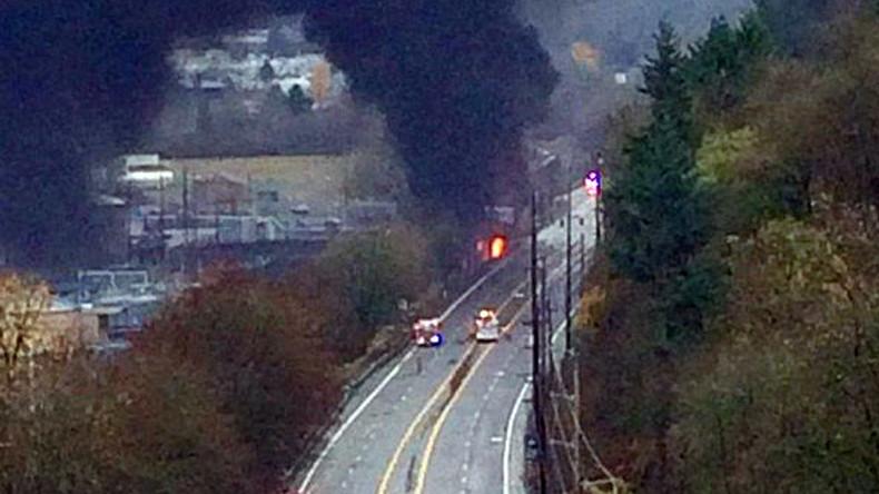 Truck crashes into train causing massive fire in Oregon (PHOTOS)