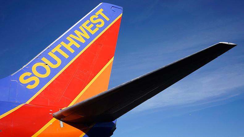 8 injured after Southwest Airlines plane crash lands in Nashville