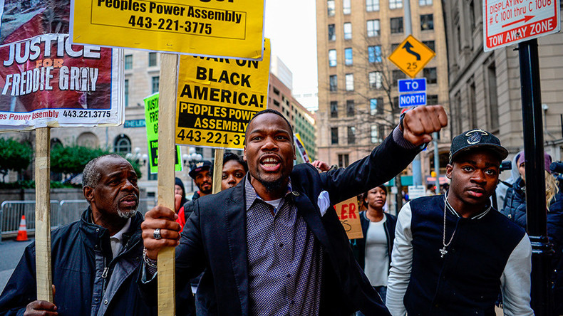 Baltimore protesters blocking streets in wake of Freddie Gray mistrial, family calls for peace