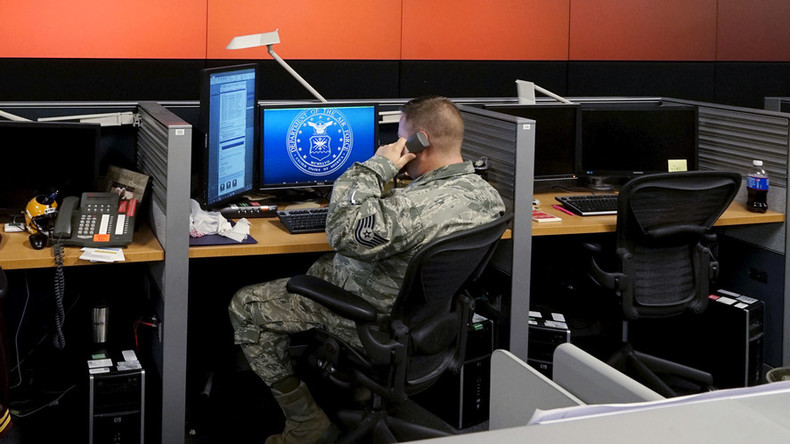 A cyber campaign: Pentagon ponders fighting ISIS online