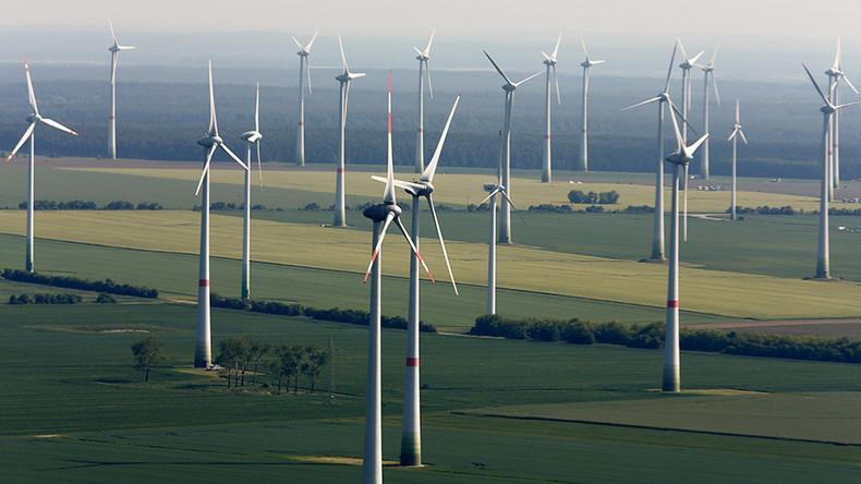 Finnish wind farm in Lenin's birthplace