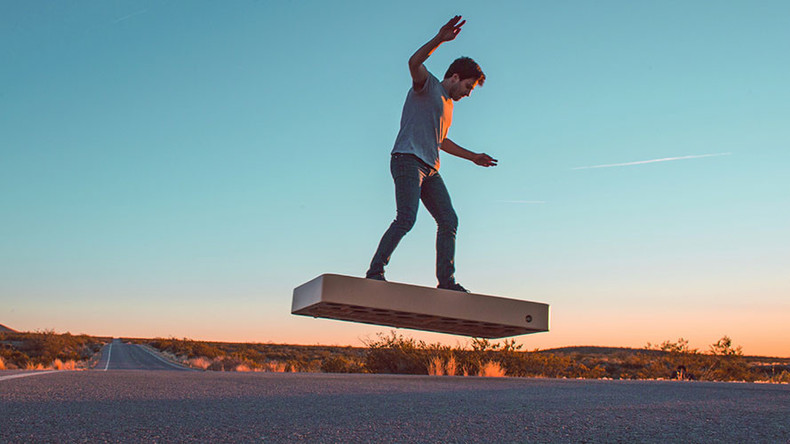 First real $20k hoverboard can fly 6 mins & takes 6 hours to recharge (VIDEO)