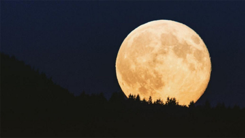 1st since 1977: Full Cold Moon creates a buzz at Christmas (PHOTOS)