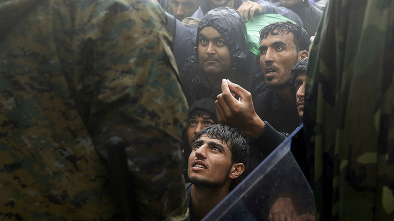 Refugee influx 'organized invasion' of young men, who 'should fight ISIS' - Czech president
