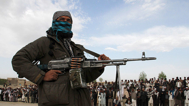 Afghan militia behead 4 ISIS terrorists in revenge barbarity