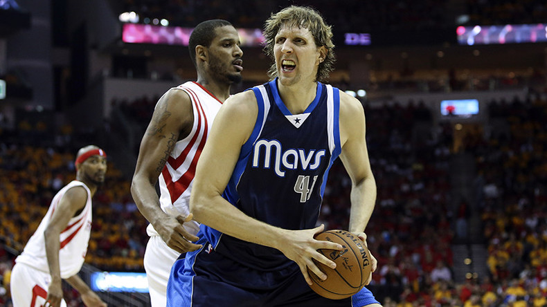 Dirk Nowitzki moves past Shaq for 6th place on NBA all-time points list (VIDEO)