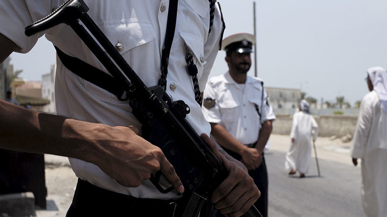 Bahrain detains journalist after sensitive anti-govt report – activists