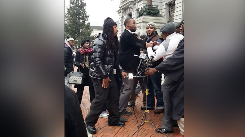 Fight erupts at Newark anti-violence rally