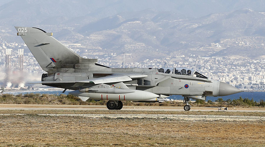 1st British airstrikes on oilfields deal ISIS 'real blow' – Fallon