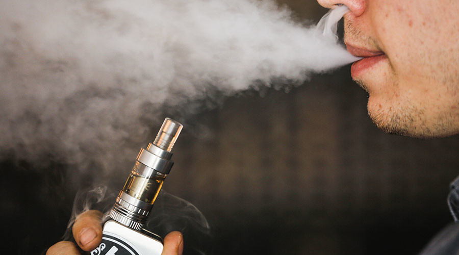 E-cigarette vapor contains molecules with potential to cause cancer - study