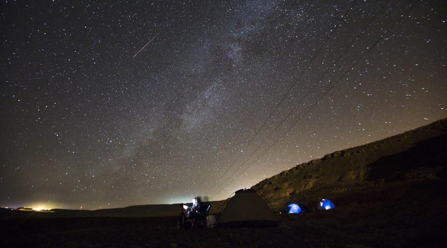 Shooting stars: Geminid meteor shower lights up December sky this weekend