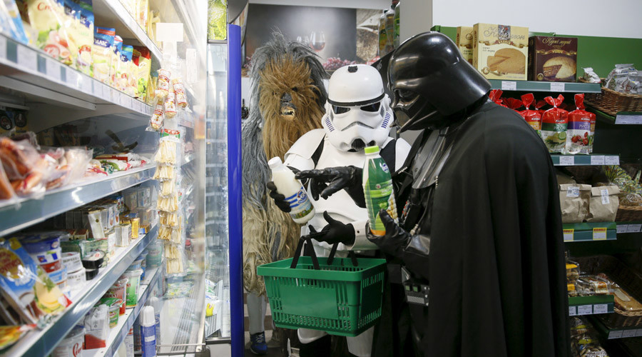 Living on the Dark Side: Typical day in the life of Ukrainian Darth Vader (PHOTOS)