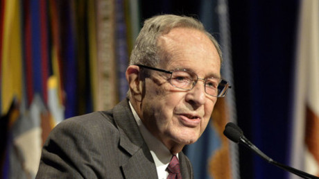 The 19th Secretary of Defense Dr. William Perry. © Connormah