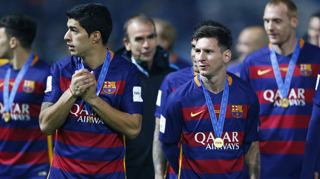 Messi and Suarez lead Barcelona to Club World Cup title