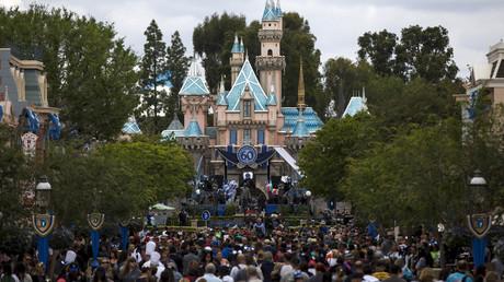 US blocks British Muslim family from flight to see American relatives, Disneyland