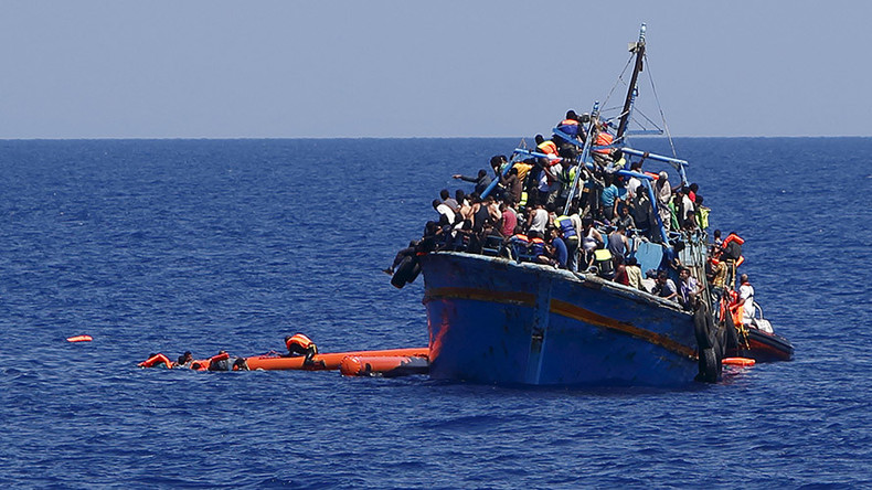 2015 deadliest year for migrants crossing Mediterranean