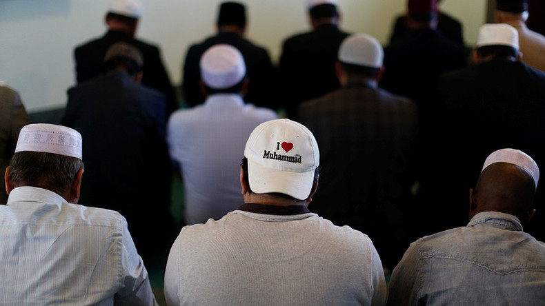 190 striking Muslim workers fired in Colorado after protesting prayer ban